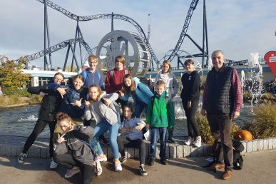 Messdiener machten den Movie-Park unsicher